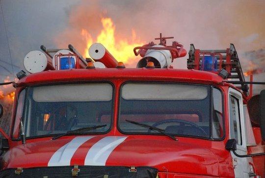 Жителей испугало пламя на балконе дома в центре Сызрани